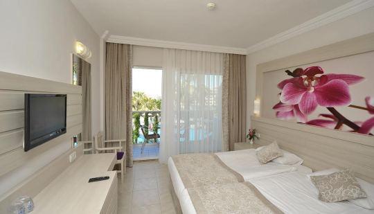 COROLLA SIDE HOTEL 4 *