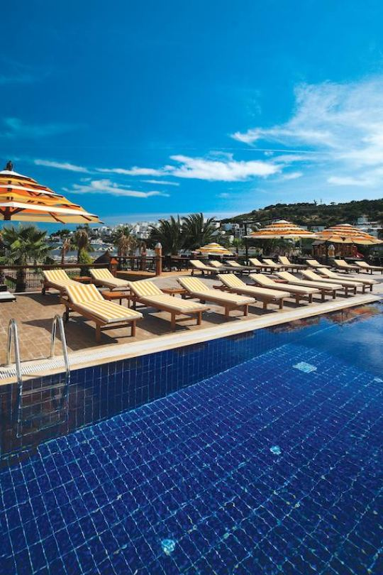 COSTA BITEZHAN BEACH 4*