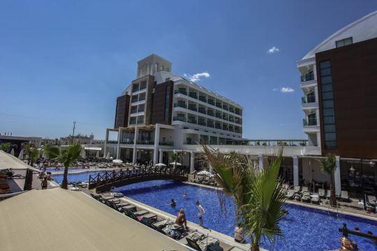 BONE CLUB SUNSET HOTEL & SPA 5*