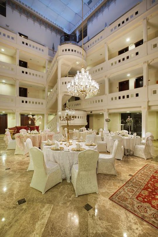 CROWNE PLAZA ISTANBUL - OLD CITY 5*