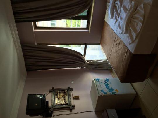 LONDON BLUE HOTEL 2*