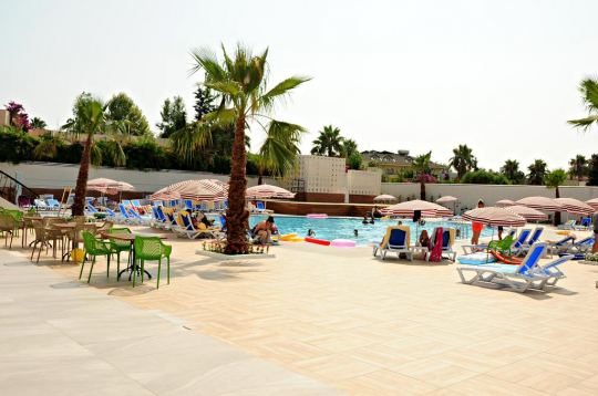 ORFEUS QUEEN HOTEL SIDE 4*