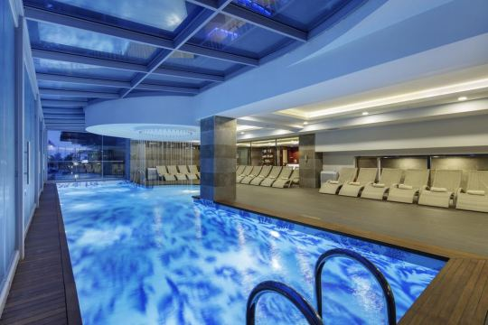 DOUBLE TREE BY HILTON HOTEL 4*