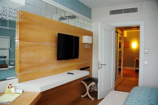 TRENDY VERBENA BEACH HOTEL 5*
