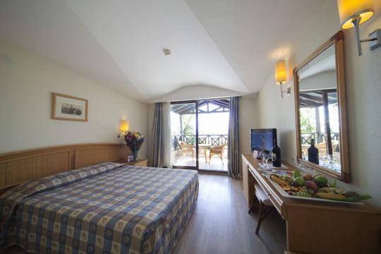 ARMAS LABADA HOTEL 5*