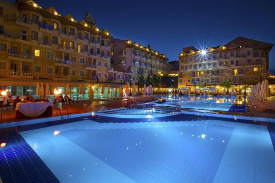 DIAMOND BEACH HOTEL & SPA 5*