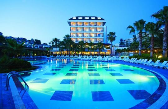 TRENDY PALM BEACH HOTEL 5*