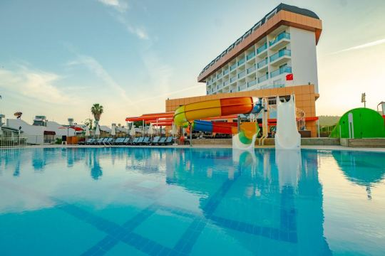THRONE BEACH RESORT & SPA 5*