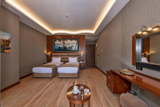 PIYA SPORT HOTEL 4*