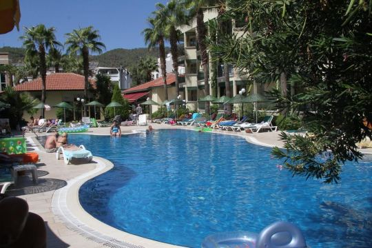 MIRAGE WORLD HOTEL 4*