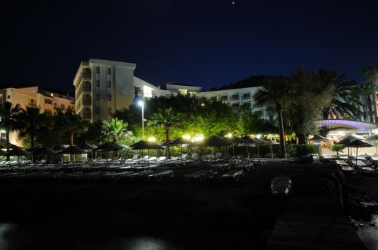TROPICAL BEACH HOTEL 4 *