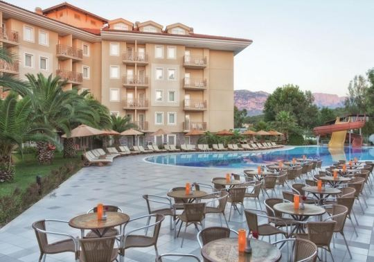 AKKA HOTELS PARK CLAROS 4*