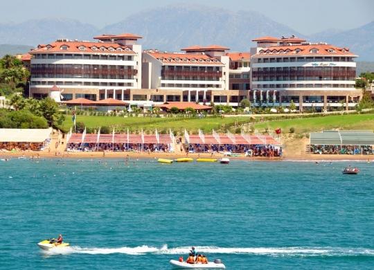 Почивка в ALBA ROYAL HOTEL 5*