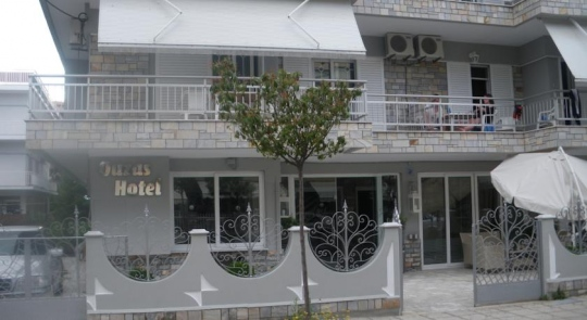 Почивка в OUZAS HOTEL APARTMENTS 2*
