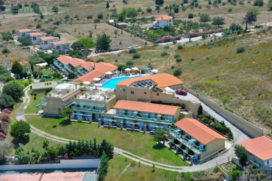 Почивка в DAPHNE HOLIDAY CLUB 3*