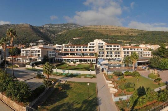 Почивка в PALAS HOTEL 4*