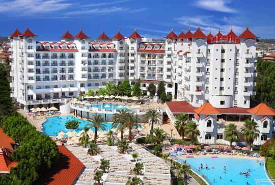 Почивка в SERENIS HOTEL 5*