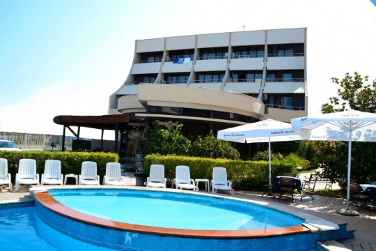 Почивка в AKROPOLI HOTEL 3*