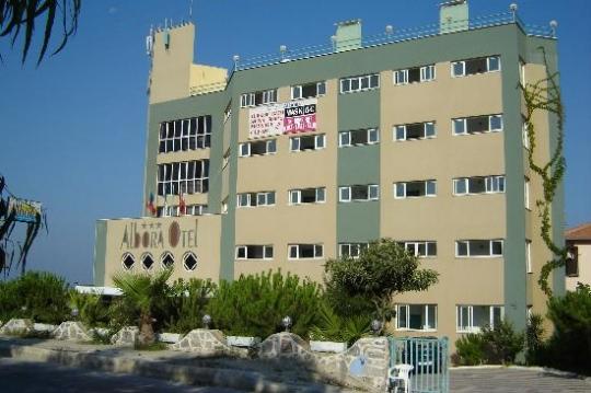 Почивка в ALBORA HOTEL 3*