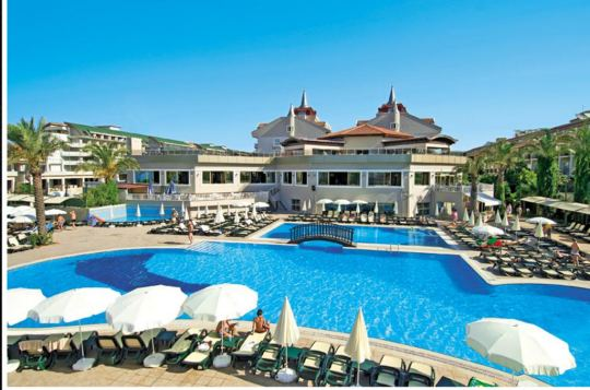 Почивка в AYDINBEY FAMOUS HOTEL  5 *