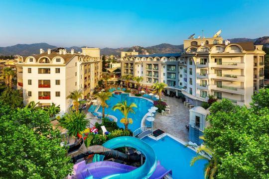 Почивка в COSMOPOLITAN RESORT HOTEL 4*