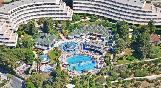 Почивка в GRAND BLUE SKY HOTEL 4*
