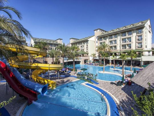 Почивка в ALVA DONNA BEACH RESORT COMFORT 5*