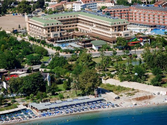 Почивка в CRYSTAL DE LUXE RESORT & SPA   5*