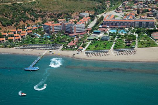 Почивка в CLUB YALI HOTEL & RESORT 5*