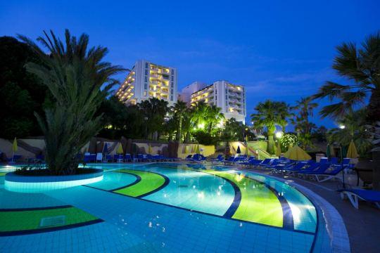 Почивка в FANTASIA HOTEL DE LUXE KUSADASI 5*