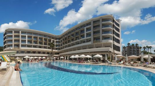 Почивка в GOLDEN ROCK BEACH 5*