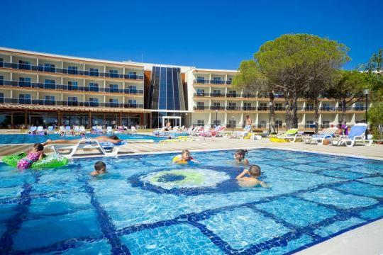 Почивка в GUMULDUR RESORT HOTEL 4*