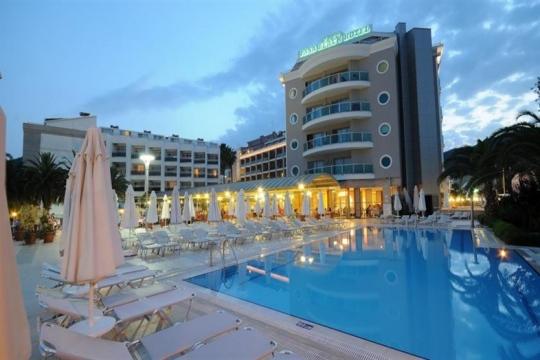 Почивка в PASA BEACH HOTEL 4*