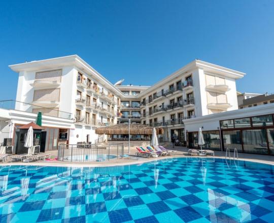 Почивка в PASA GARDEN BEACH HOTEL 4*