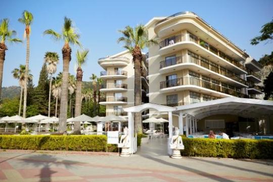 Почивка в SENTIDO SEA STAR HOTEL 4*