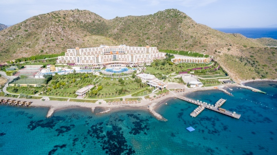 Почивка в KEFALUKA RESORT  5 *