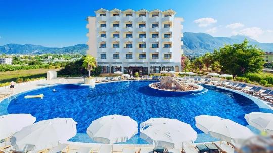 Почивка в SUNSHINE HOTEL 4*