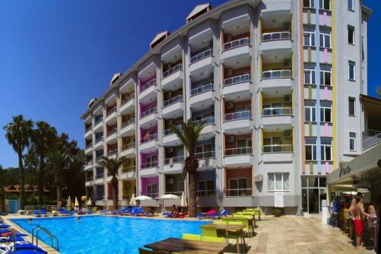 Почивка в VELA HOTEL 3*
