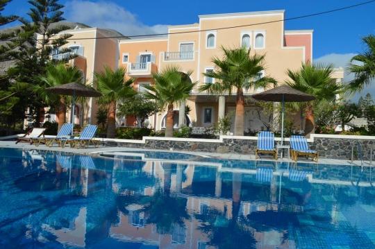 Почивка в CASTRO HOTEL & SUITES 3*