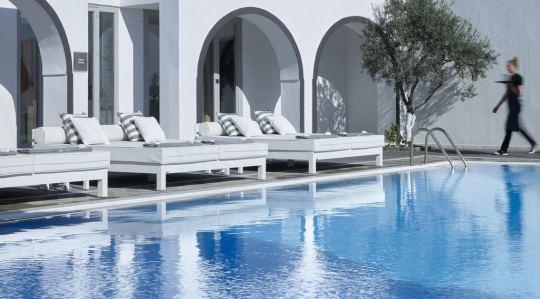 Почивка в KALLISTI HOTEL & SUITES 4*