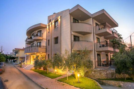 Почивка в THALASSIES NOUVEAU HOTEL 3*