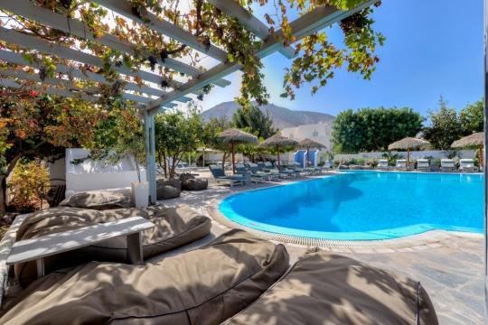 Почивка в ALIA HOTEL SANTORINI 3*
