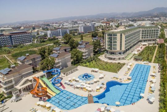 Почивка в HEDEF RESORT HOTEL 5*