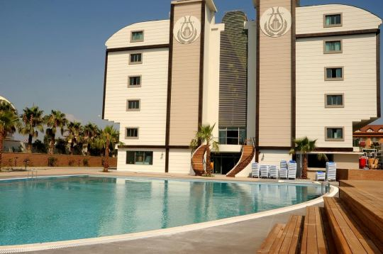 Почивка в ORFEUS QUEEN HOTEL SIDE 4*