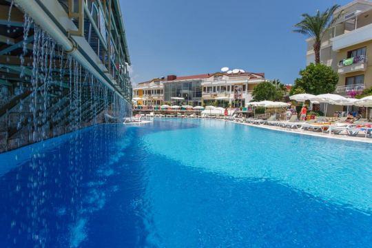 Почивка в TU CASA GELIDONYA HOTEL