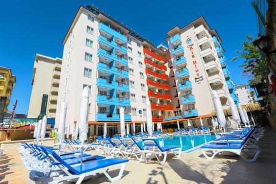 Почивка в CLUB BIG BLUE SUIT HOTEL 4*