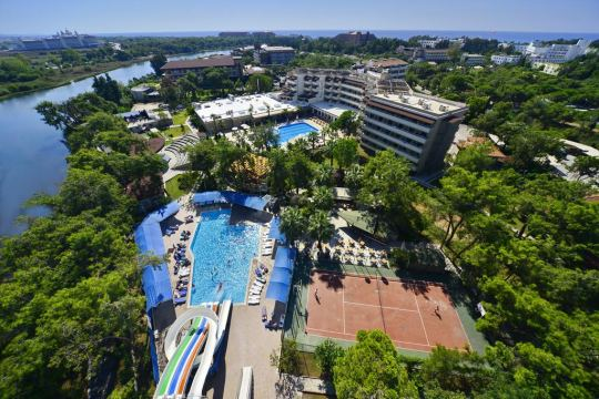 Почивка в LINDA RESORT 5*