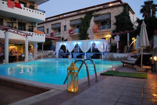 Почивка в PHILOXENIA SPA HOTEL & VILLAS 3*