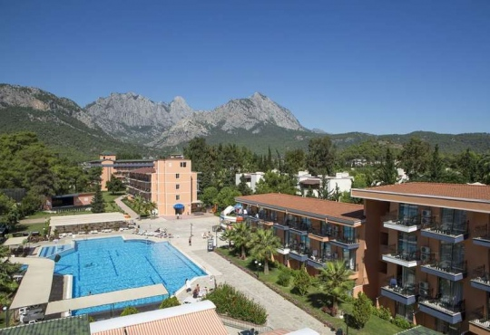 Почивка в LARISSA VISTA HOTEL 3*