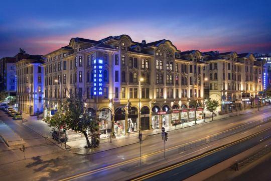 Почивка в WYNDHAM ISTANBUL OLD CITY 5*